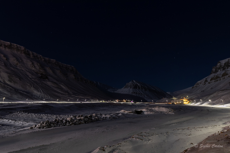 Longyearbyen by (polar) night