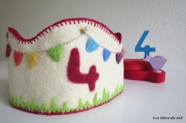 Couronnes d'anniversaire en laine feutrée