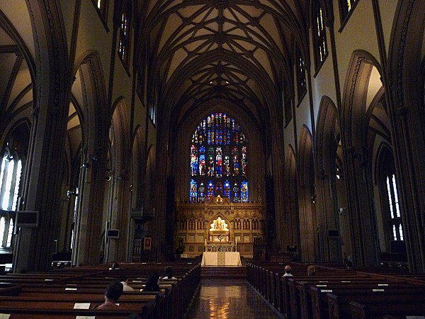 New-York-Interieur-Trinity-Church.jpg