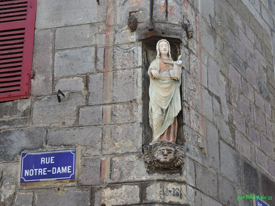Besse la médiévale (63)