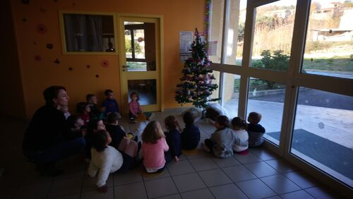 PS MS - La classe ouvre ses portes aux parents pour les ateliers de Noël