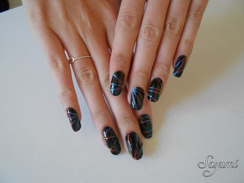Nail Art Dark Rainbow