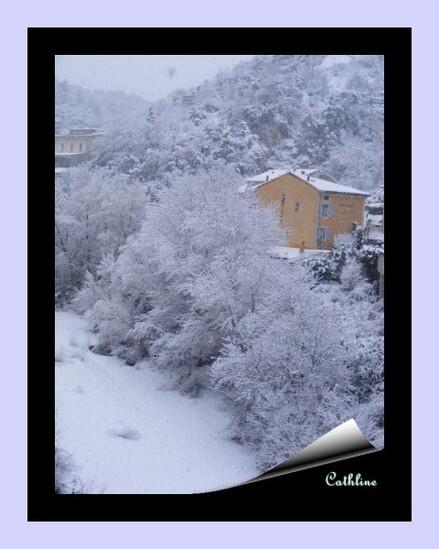 neige-a-vaison--a-gauche-7-fevrier-2015-065.JPG
