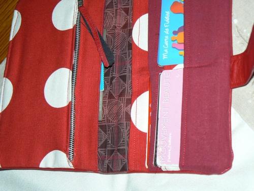 Porte-cartes en silili cuir rouge