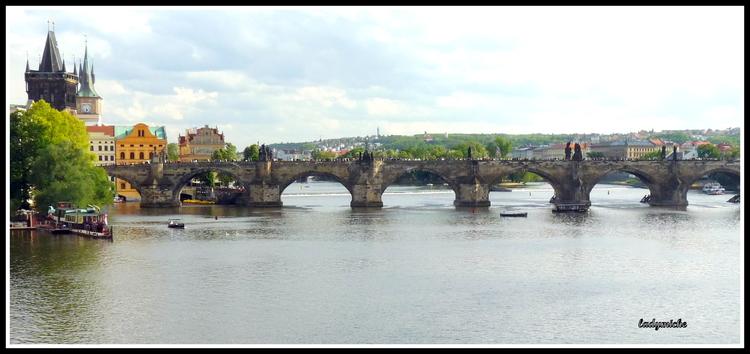 """PRAGUE   :  le """" PONT CHARLES et ses STATUES """"- ( 6) république tchèque"""