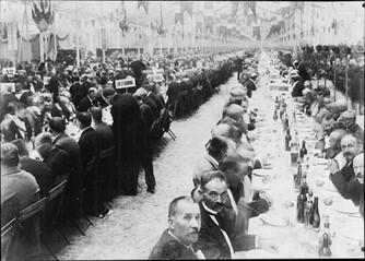 Le plus grand banquet du monde au Jardin des Tuileries