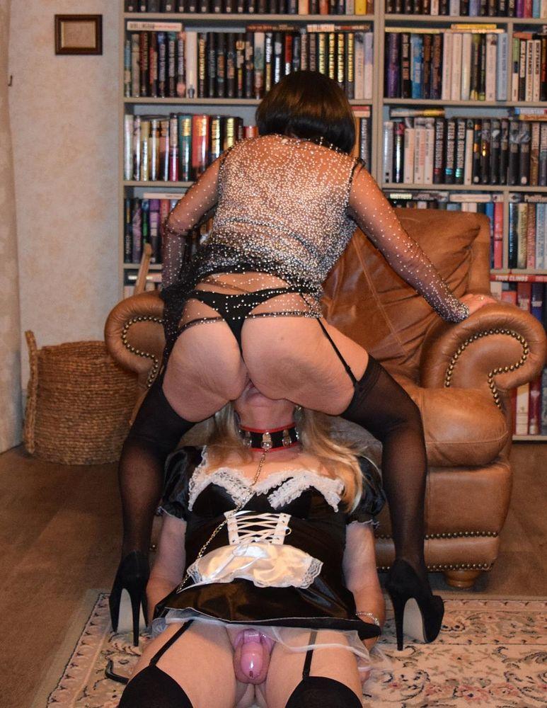 Humiliations et punitions de travestis
