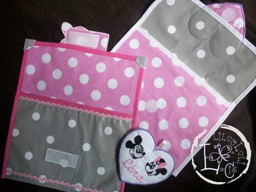 pochettes pour bavoirs ou serviettes de cantine