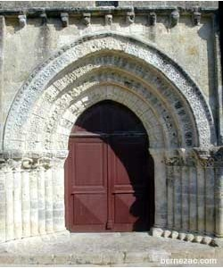 Re Ars eglise porche