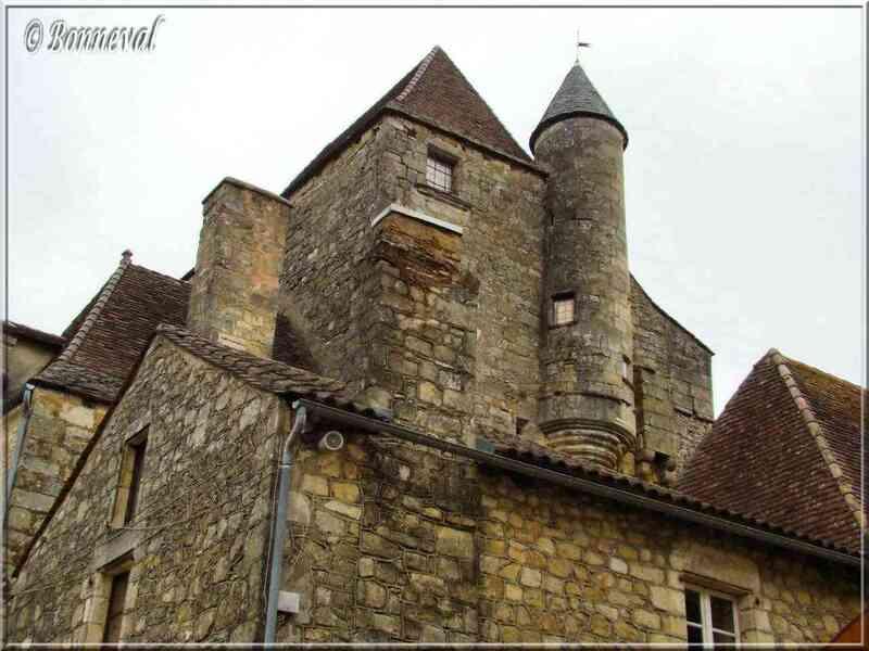 Domme Dordogne l'Hôtel du Gouverneur XVème, XVIème, XVIIème siècles