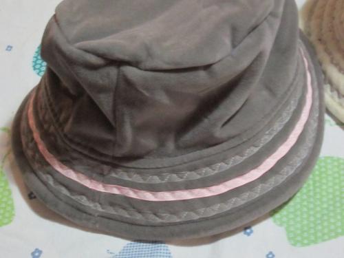 des chapeaux...en veux-tu en voilà !
