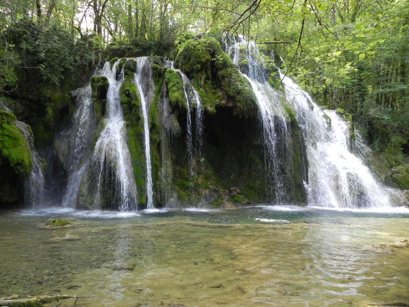 la cascade du Tuf à Mesnay