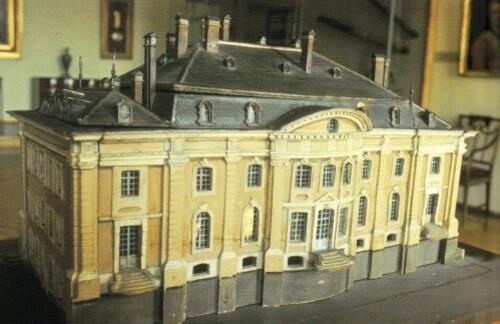 Bibliotheque-Voltaire-1-copie-1.jpg