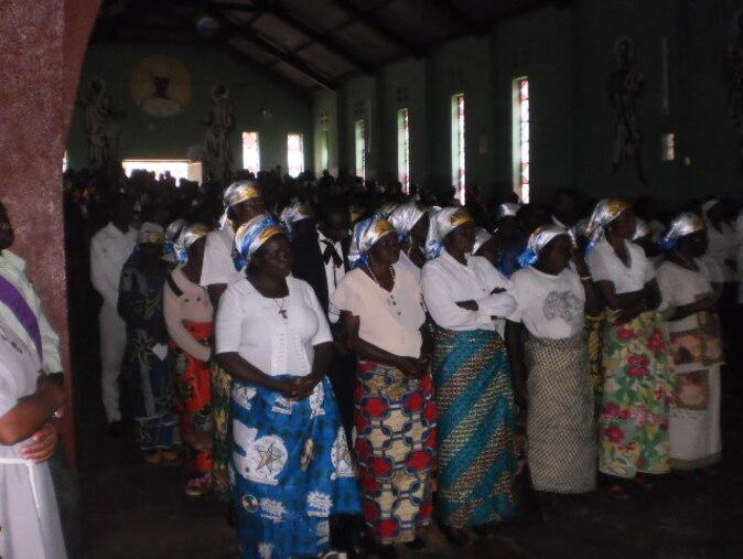 Petit reportage - NOUVELLE Fraternité de Luhwinja