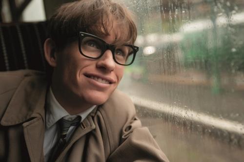 Eddie Redmayne dans le rôle de Stephen Hawking