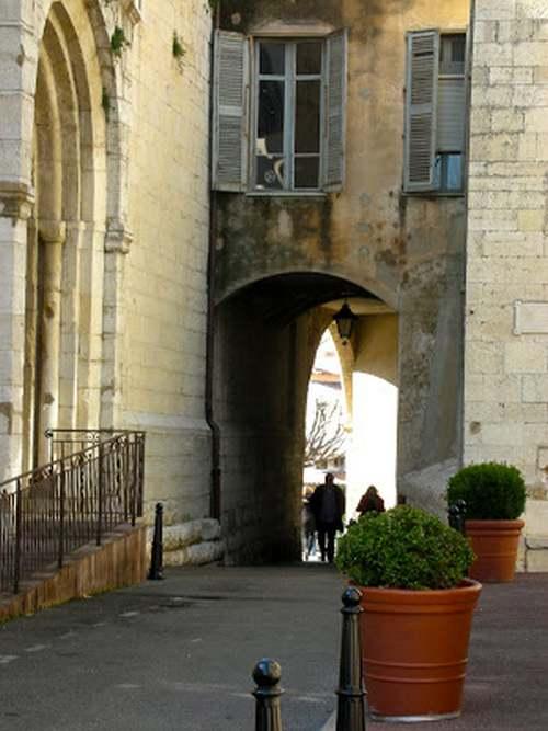 CÔTE D'AZUR  - Villes et Villages : au royaume de Neptune.