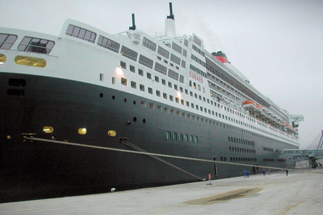 Le Queen Mary II à Cherbourg