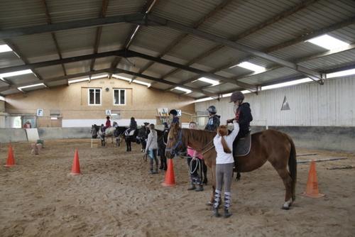 Initiation à l'équitation et Patinoire à Epinal
