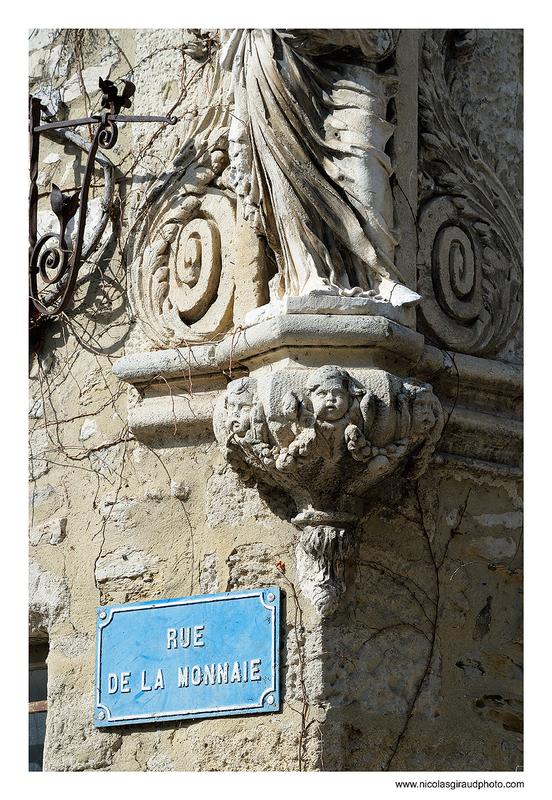 Villeneuve lez Avignon, la cité résidentielle de sa grande soeur!