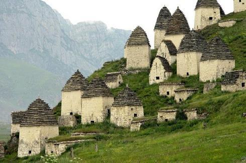 Nécropole de Dargavs, Russie