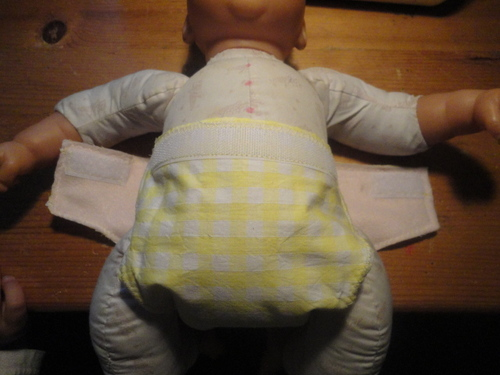 des couches culottes lavables pour poupées  et nounours 5.50 pièce