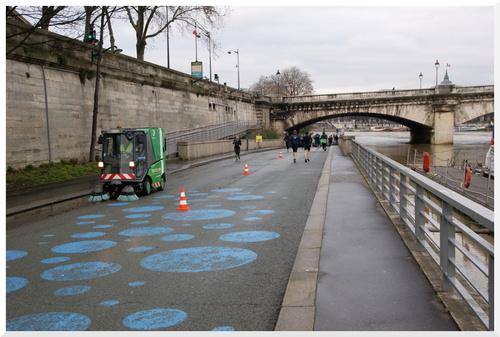 La Seine, beaucoup d'eau.