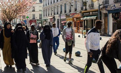Les émeutes dans les quartiers difficiles : une guerre de sécession