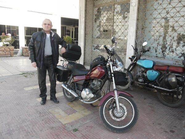 Claude avec sa moto