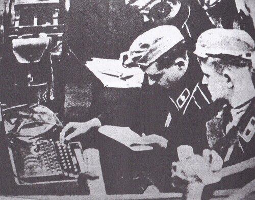 criptage de message avec la machine ''Enigma''