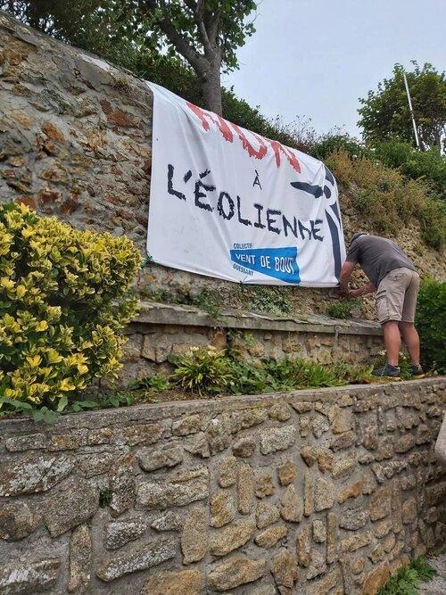 Ile d'Ouessant. Les banderoles du collectif Vent de bout' saccagées. ( OF.fr - 17/09/21 - 19h16 )