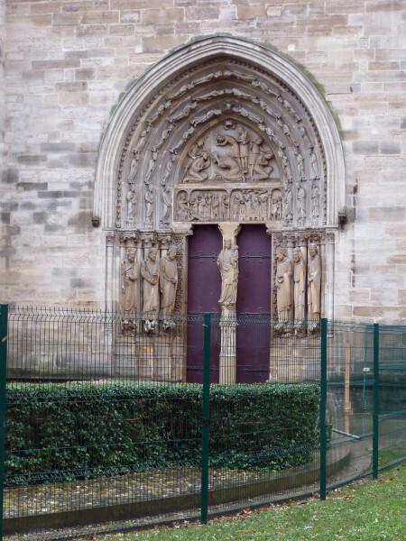 1--5--portail.jpg