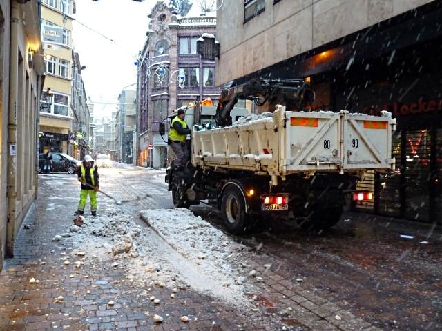 Vivre à Metz sous la neige Noël 5 mp1357 2010