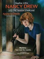 Nancy Drew au manoir hanté : Nancy Drew and the Hidden Staircase, ou Nancy Drew au manoir hanté   Nancy Drew est une lycéenne intelligence qui possède toutes les qualités requises pour devenir une excellente détective ; un sens de l'observation et du flair. Accompagnée par George et Bess, ses meilleures amies, Nancy tombe sur une maison hantée. Elle décide de résoudre le mystère qui entoure ce lieu.. ..... ----- ..... Origine : États-Unis Réalisation : Katt Shea Durée : 00h00 Acteur(s) : Sophia Lillis, Andrea Anders, Zoe Renee, Laura Wiggins, Linda Lavin Genre : Aventure, En Famille Date de sortie : 2019.