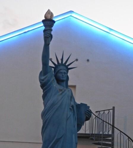 statue liberté Blois 7