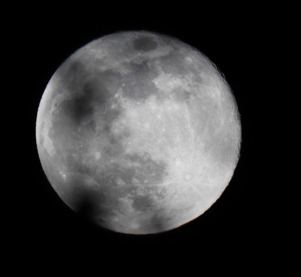 La lune rose du 8 avril 2020...