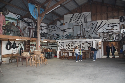 L'intérieur du musée des vieux métiers