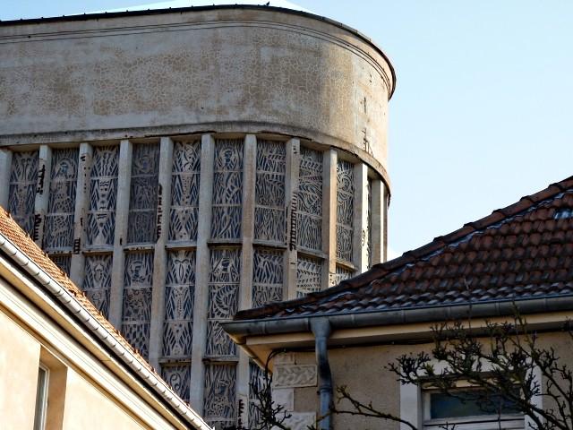 Eglise Sainte Thérèse de Metz 21 18 12 09
