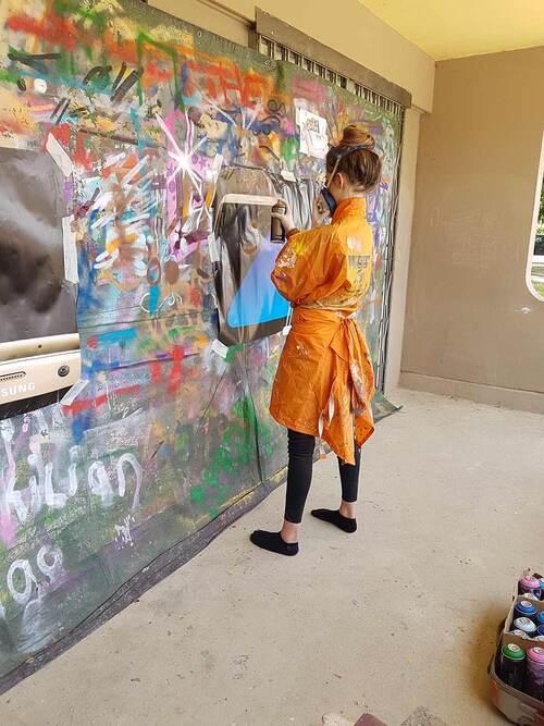 atelier graff durant 2 apres-midi à l'atelier relais Lunel (34) : valorisation, travail sur la confiance, realisation de projet. mars 2017