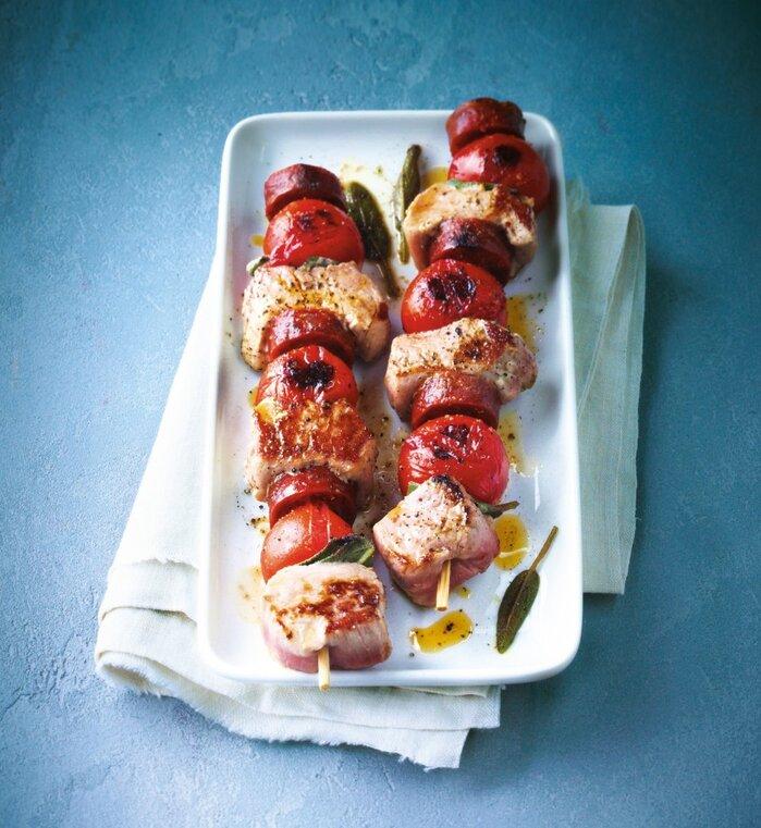 Brochettes de porc au chorizo et à la sauge