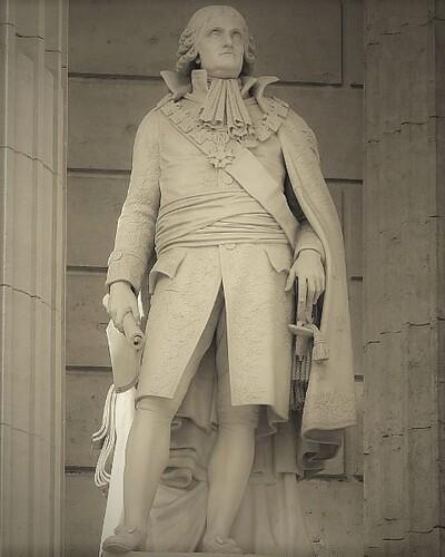 Monument du Palais de Justice de Montpelier en l'honneur de Cambacérès (sculpture de Jean-Baptiste Joseph Debay dit Debay fils [1802-1862]. Source : wikipedia, photographie de Finoskov.
