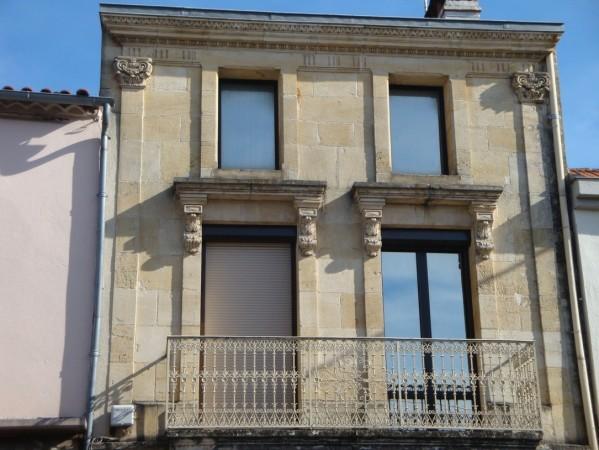 façade ancienne à Fumel