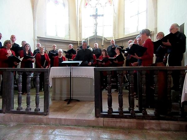 Le Laostic a donné un superbe concert en hommage à Jacques Noël dans l'église Saint Marcel de Vix