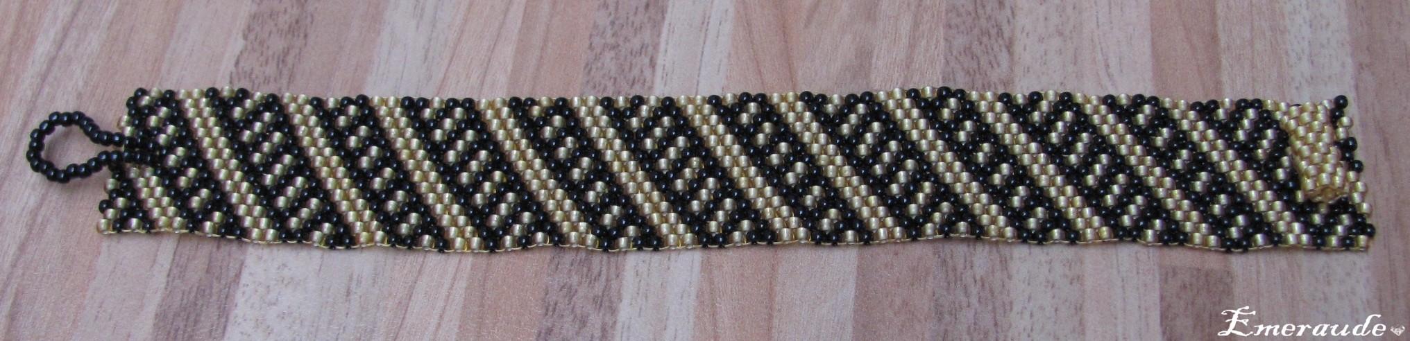 Tissage peyote: bracelet à diagonales