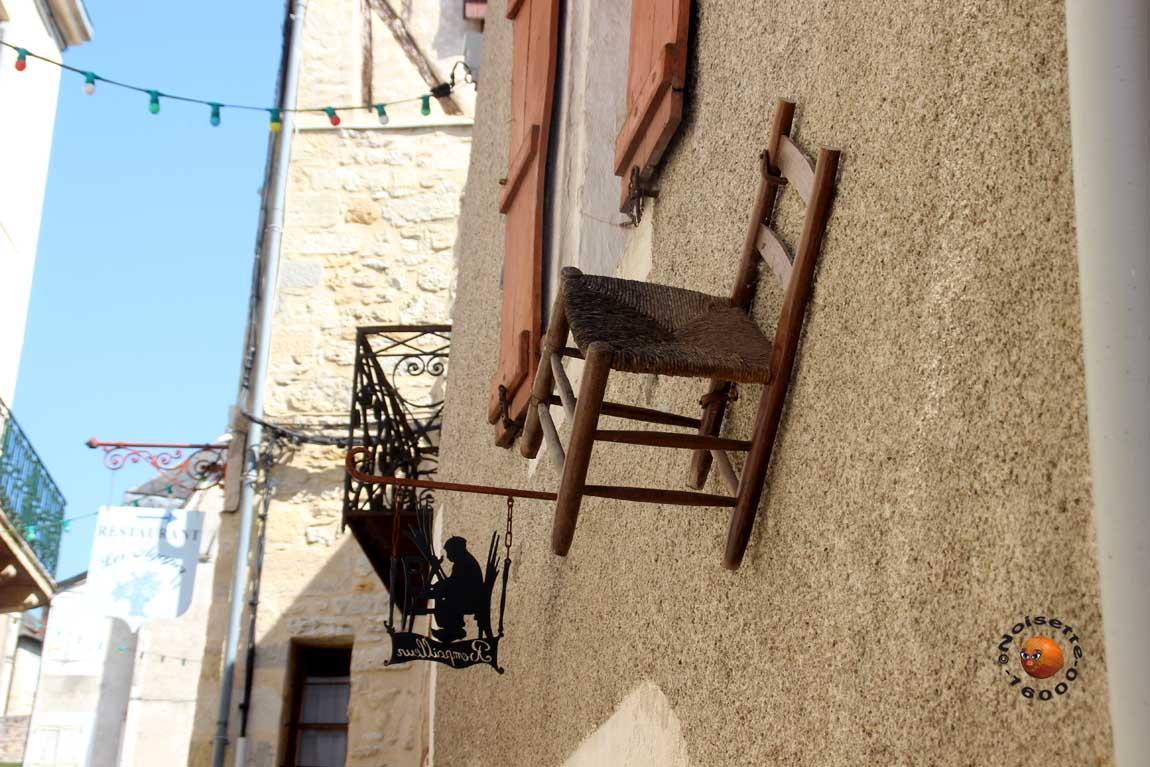 Terrasson Lavilledieu En Dordogne 1 Angoulême