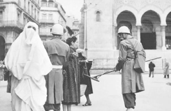 Evocation littéraire. Questions mémorielles de la colonisation : Vers « une relative paix des mémoires « ?