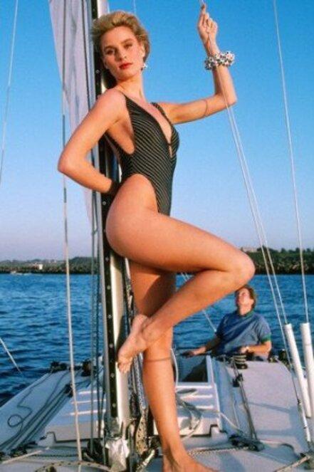 Années 80:Nicolette sexy en maillot de bain