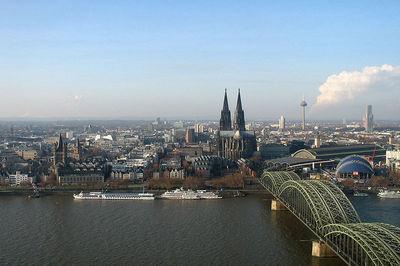 Blog de lisezmoi :Hello! Bienvenue sur mon blog!, L'allemagne : Rhénanie-du-Nord-Westpahlie - Cologne (Kôln)