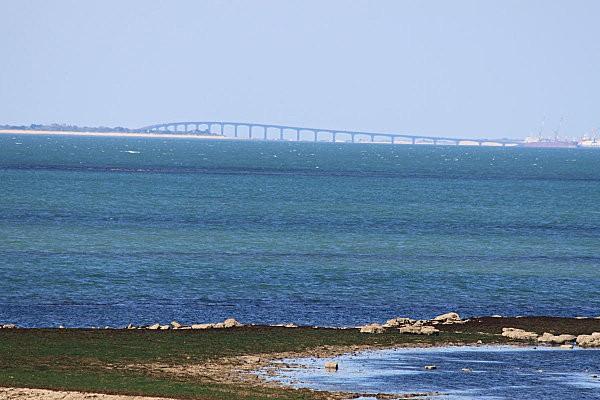 Chassiron (33) le pont de l'île de Ré