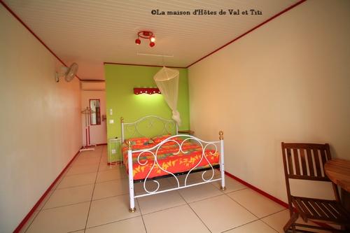 Ouverture de la maison d'Hôtes de Val et Titi