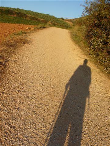 Blog de mimipalitaf :mimimickeydumont : mes mandalas au compas, l'ombre du pélerin sur le chemin de Compostelle en Espagne...